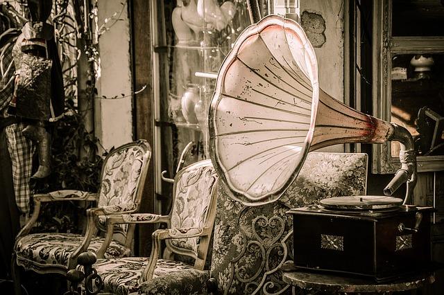 historický gramofon