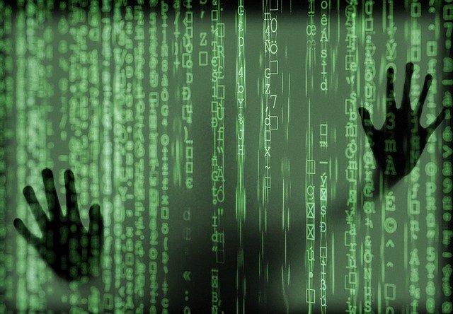 Cyber kody a ruce